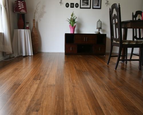 sàn tre cho không gian phòng khách